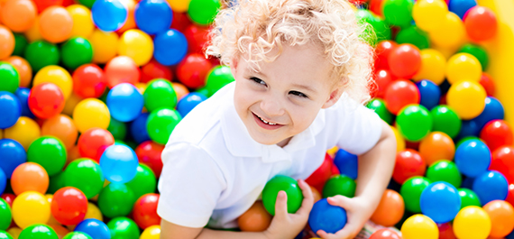 . GOLD STAR BALL PIT HIRE (SUITABLE FOR KIDS AGE 1 TO 6 YEARS OLD)