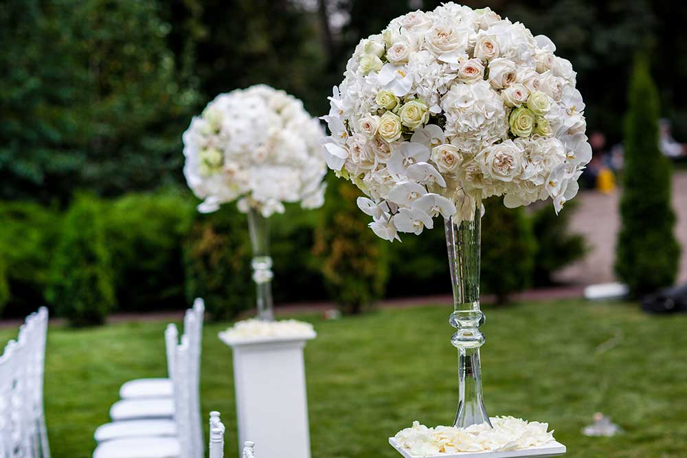 Wedding Hire Pedestals & Vases with Flowers